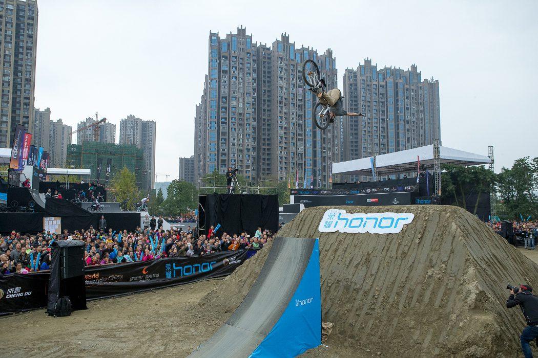 FISE Chengdu: Nicholi Rogatkin wygrywa ostatnie zawody sezonu
