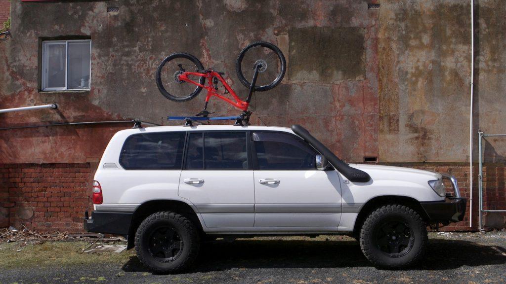 Upside Racks - rewolucyjne bagażniki rowerowe?