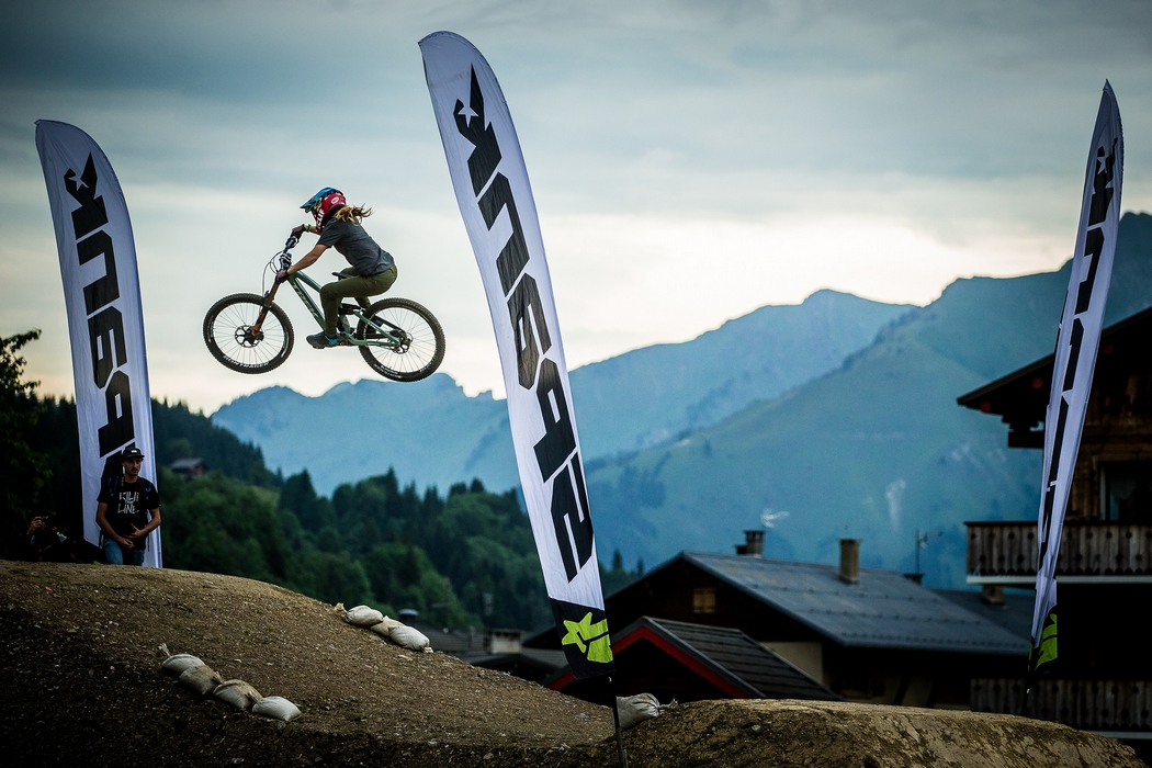 France flips for Crankworx whips in lightening fast competition