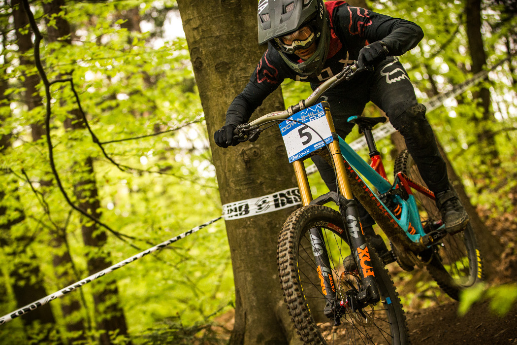 6c010e87fb4 iXS European Downhill Cup 2018 #1: Laurie Greenland and Myriam Nicole win  in Maribor