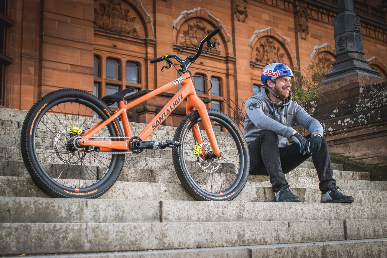 Stomping tricks on the Stamp 7: Danny MacAskill battles his enduro-self