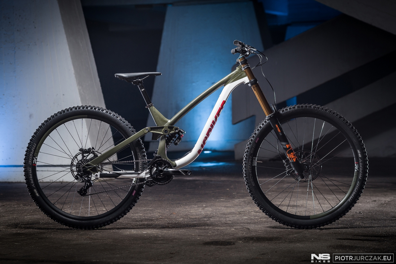 399e5cc0282 The evolution of NS Bikes Fuzz: from a bike park hucker to a pure ...