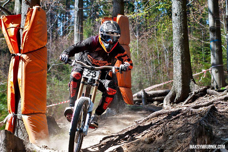 Diverse Downhill Contest_2
