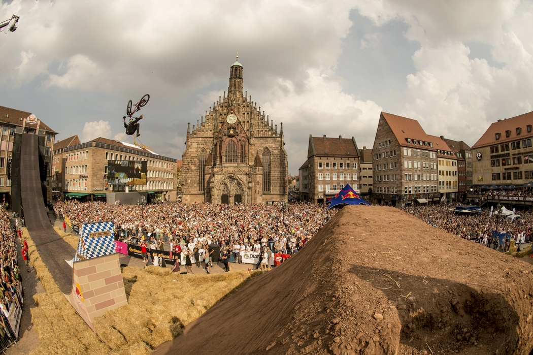 Red Bull District Ride celebrates comeback as final of FMB Diamond Series