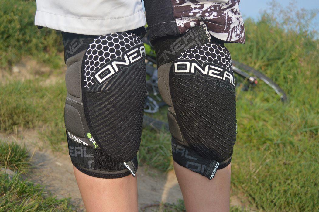 Ochraniacze O'Neal Sinner Kevlar Knee Guard – podsumowanie