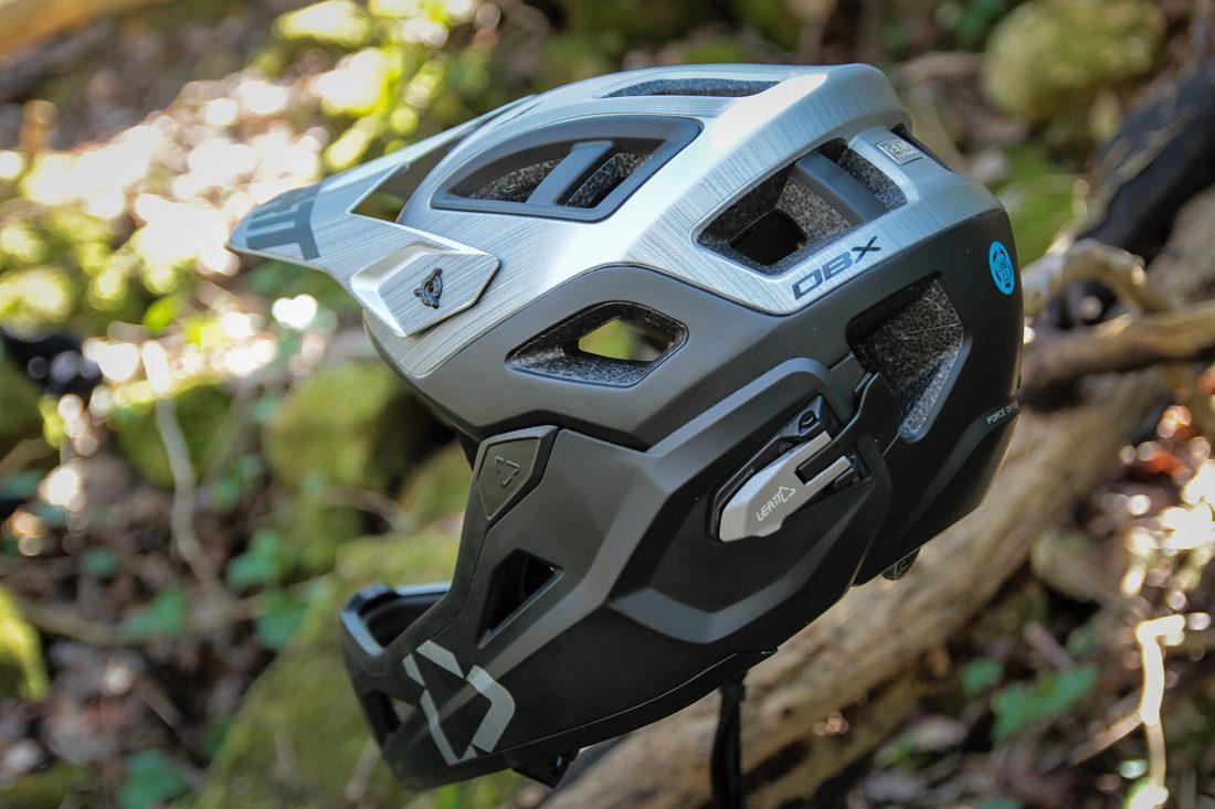 Kask Leatt DBX 3.0 Enduro V2 2018